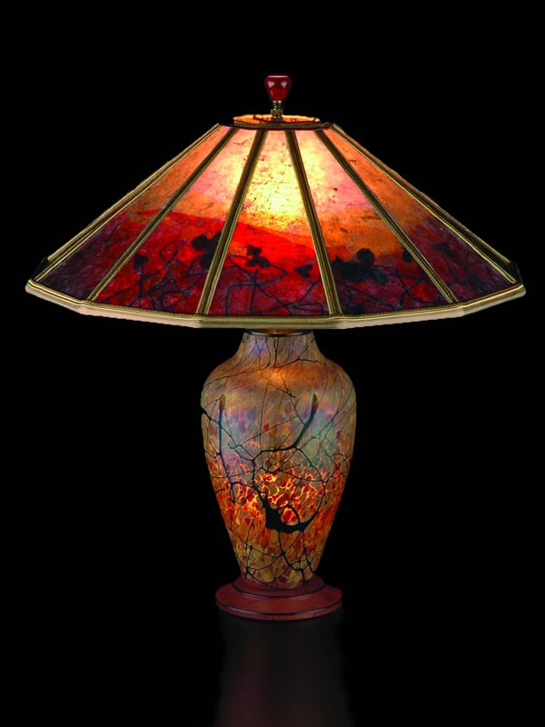 T205 Lindsay Art Gl Table Lamp And Mica Lampshade Red Vines