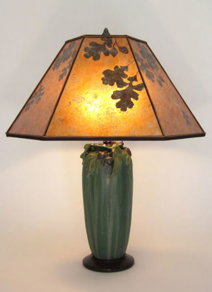 "t266 American Arts and Crafts Pottery Lamp, Ephraim Faience ""Stalwart Oak"" lamp with Amber Mica Oak Leaves and Acorns Lamp Shade"