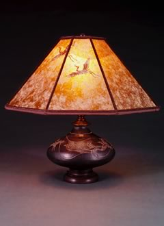 t29 Asian Metal Accent Lamp, Amber Mica Lampshade with Hand-cut Flying Crane Design