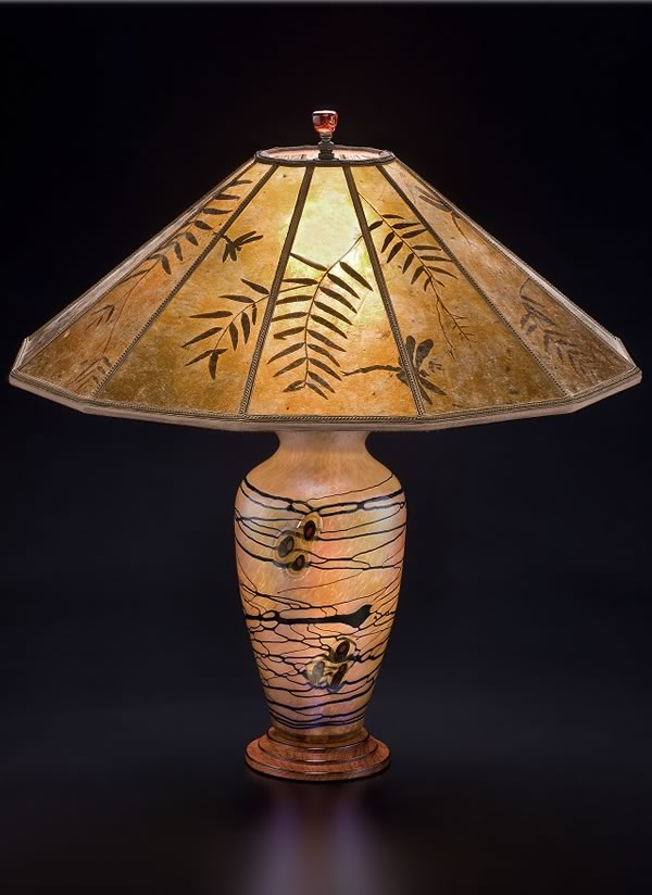 Lindsay Art Glass Table Lamp And Mica Lampshade Pepper Leaves And