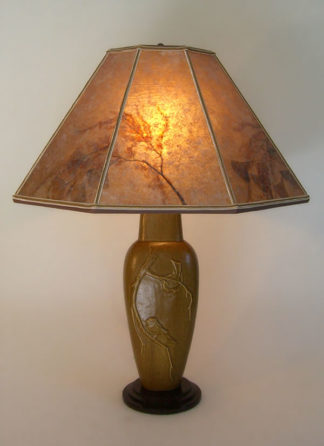 t254 Lonesomeville Chickadee Tall Bird Lamp, Octagon mica lamp shade