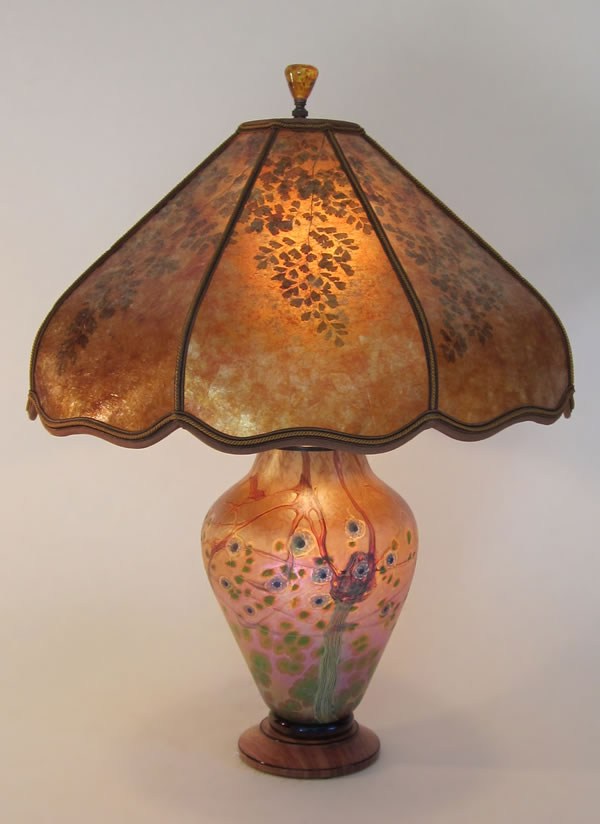 Green Tree Lindsay Art Glass Lamp With Lighted Base Amber Mica Lamp Shade With Green Maidenhair Fern