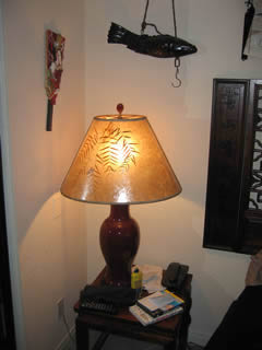 Reading lamp with mica lampshade