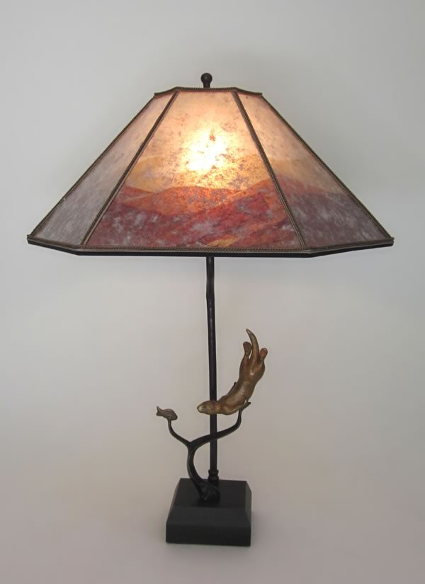 T331 Otter Table Lamp
