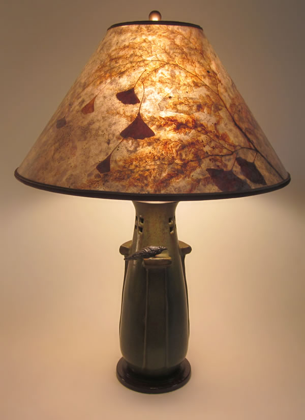 Watchful Crow Table Lamp Mica Shade With Ginkgo Leaves Fern