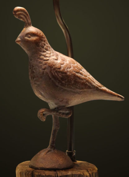 T365 Metal Quail Table Lamp detail