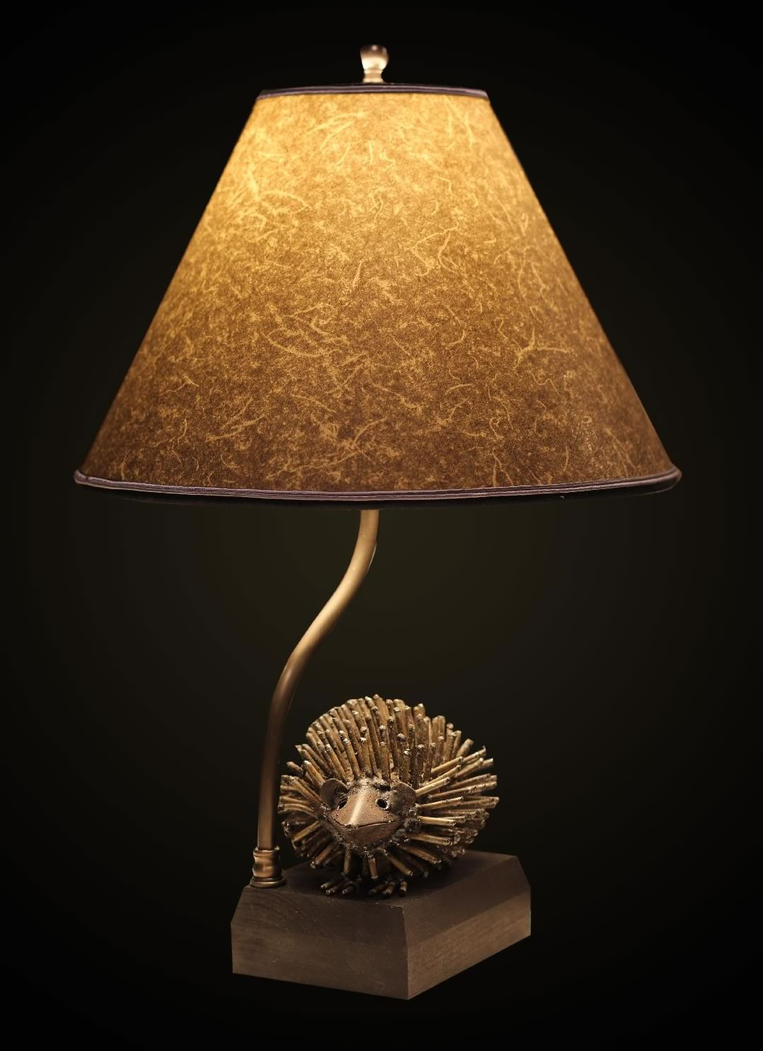 Recycled Metal Hedgehog Table Lamp With Round Gray