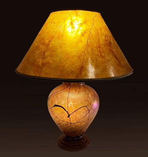 """Sale Lamp 5B, Lindsay Art Glass """"Golden Vines"""" lamp"""
